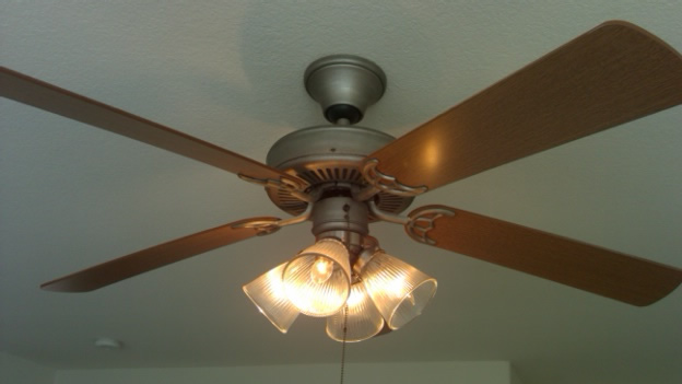 Lighting Calabasas Ceiling Fan